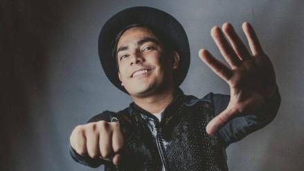 Erick Elera graba versión cumbia de Carreteras Mojadas
