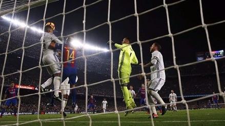Casemiro sacó un balón de la raya y evitó la victoria del Barcelona