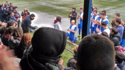 Jugador protagonizó emotiva pedida de mano en el fútbol español