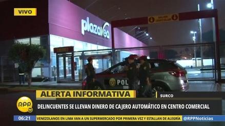 Delincuentes roban un cajero automático de un supermercado en Surco