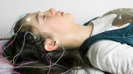 """Partes de nuestro cerebro se """"apagan"""" cuando estamos despiertos"""
