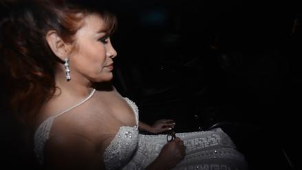 Magaly Medina recibe a los invitados de su boda