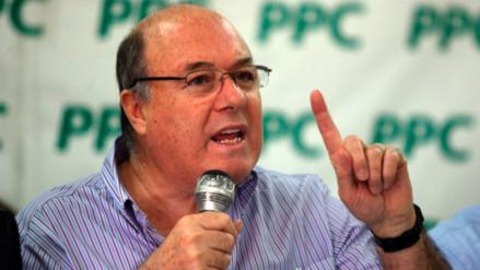 Raúl Castro renunció a la presidencia del PPC y a su militancia
