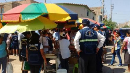 Defensa civil y municipalidad de Ica inspeccionan centros de abastos