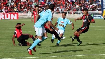 Melgar y Sporting Cristal empataron 1-1 en la primera final en Arequipa