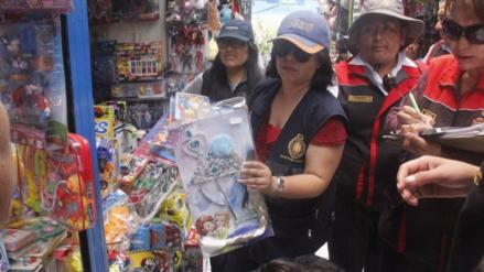 Inmovilizan juguetes sin registro sanitario en feria El Altiplano