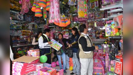 Huancayo: en operativo decomisan más de cinco mil juguetes tóxicos