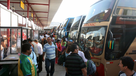 ¿Cuántos peruanos viajarán y cuánto gastarán este fin de año?