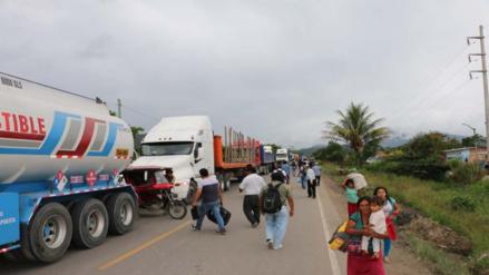 Ronderos reabren momentáneamente carretera Fernando Belaunde Terry