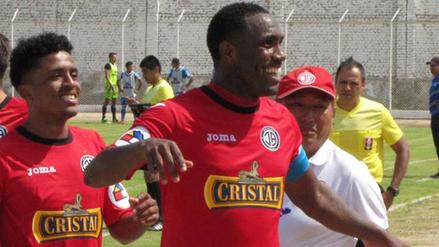 Luis Tejada no seguirá en Aurich y negocia con Universitario y Melgar