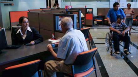 Apeseg: Tasa del seguro previsional sube de 1.33% a 1.36%