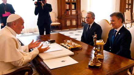 Santos y Uribe defendieron sus posiciones sobre Acuerdos de Paz ante el papa