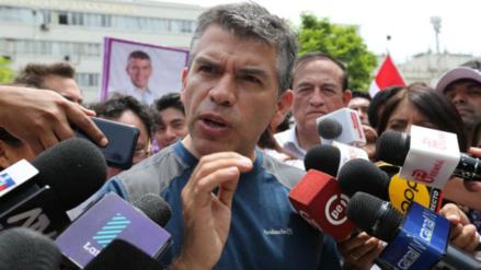 """Julio Guzmán: """"El fujimorismo maneja el Congreso como si fuera su chacra"""""""