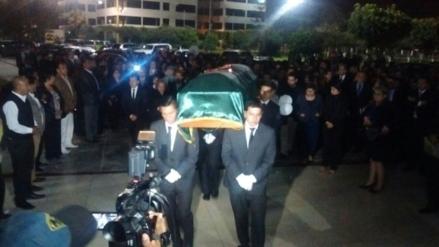 Llegan a Chiclayo los restos del exrector de la Universidad Señor de Sipán