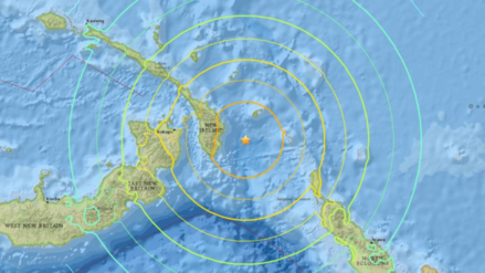 Un terremoto de 7,9 grados remeció el noroeste de Papúa Nueva Guinea