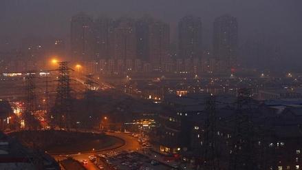 Alerta roja por contaminación ambiental en 22 ciudades de China