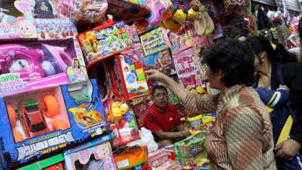 Navidad: ¿Cómo evitar que te estafen al comprar juguetes?