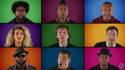 Jimmy Fallon reúne a famosos para cantar un villancico