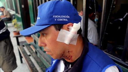 Una vendedora ambulante atacó con un lapicero a un fiscalizador municipal
