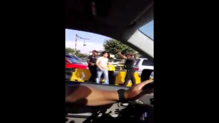 Conductor agrede a policía en el peaje del Trébol de Vía Evitamiento