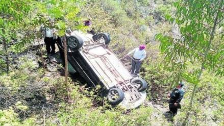 Despiste de auto deja seis muertos en Huancavelica
