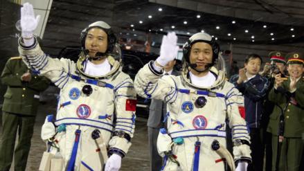 China quiere ser potencia espacial y planea llegar a Marte y a la cara oculta de la Luna para 2020