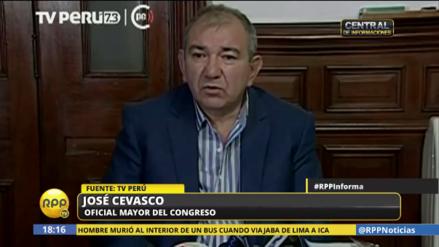 """Cevasco: """"Compra de computadoras es una crisis que desgasta al Congreso"""""""