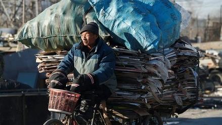Los recicladores de Pekín temen por el futuro de su profesión