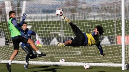 Así fue el multitudinario entrenamiento del Real Madrid con sus hinchas en la tribuna