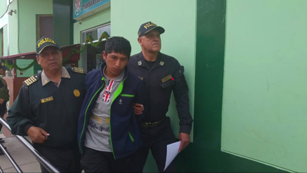 Capturan a vendedor de droga que utilizaba arma para amenazar a clientes