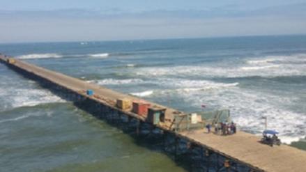 Oleajes anómalos desde la noche del 1 de enero en las playas de Lambayeque