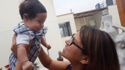 Bebés expuestos al sol pueden resultar con quemaduras de primer grado