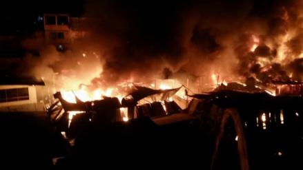 Incendio consume mercado central de Nueva Cajamarca