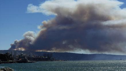 Imágenes del brutal incendio forestal en Valparaíso
