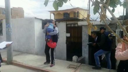 Rescatan a tres niños que vivían en estado de abandono