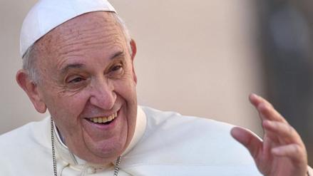 El Papa Francisco también cubre la webcam de su iPad para evitar a los hackers