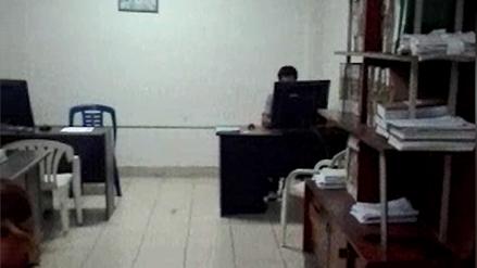 Un detenido por robo usó computadora de comisaría para mandar mensajes