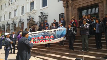 Cusco: magistrados y trabajadores del PJ discuten tras suspender vacaciones