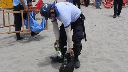 Decomisan cientos de botellas de cerveza en las playas de Barranco