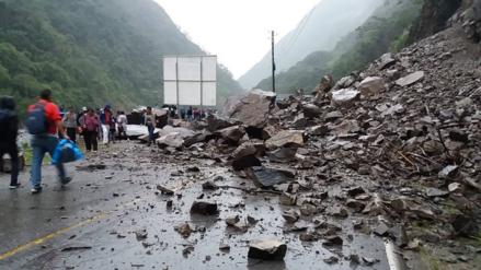 Tarma: huaicos bloquean la vía hacia la Selva Central