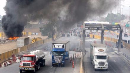 Rutas de Lima restituyó cobro de peaje en Puente Piedra