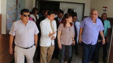 Pacientes del Hospital Regional de Lambayeque piden diálogo con viceministra de Salud