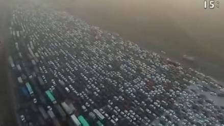 Así es un día de tráfico en una vía de China, pese a sus 50 carriles
