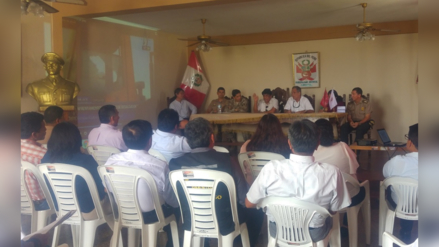 Autoridades se reunieron para tratar problemática de playa Pimentel