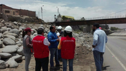 Observan falta de mantenimiento en ruta alterna de ingreso a Arequipa