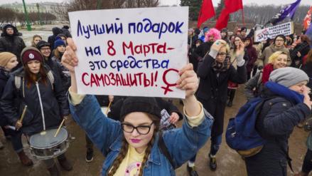Rusia a un paso de despenalizar la violencia doméstica leve