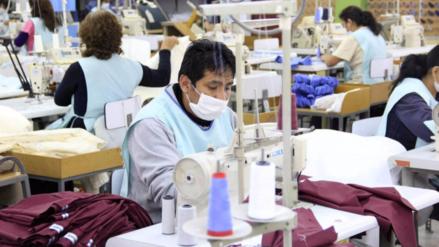 Empleo adecuado en Lima se estancó en el 2016