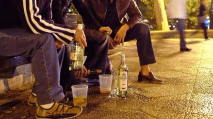 El exceso de alcohol en la adolescencia altera la actividad cerebral