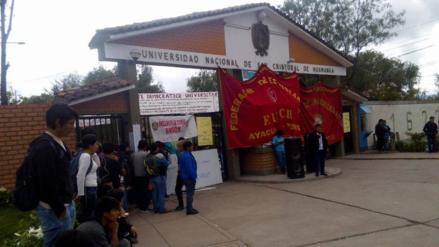 Concluyen semestre académico en Universidad de Huamanga por toma de locales