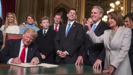 """Donald Trump: """"Comenzamos un gran esfuerzo nacional para reconstruir el país"""""""